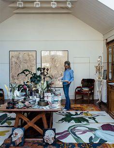 Studio photography of artist, Sarah Graham by Greg Funnell Art Studio Design, Art Studio At Home, Home Art, Studio Studio, Studio Spaces, Dream Studio, Sarah Graham Artist, Art Simple, Painting Studio