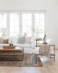 Eclectic Living Room, Home Living Room, Living Room Designs, Living Room Decor, Living Spaces, White Couch Living Room, Living Room With Rug, Neutral Living Room Sofas, Living Room With Chairs