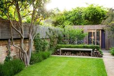 Like many town gardens, this relatively small space had to fulfill multiple roles; family garden, access to work studio, entertaining space and place to unwind amongst beautiful, romantic planting. Garden Ideas Uk, Garden Inspiration, Easy Garden, Garden Art, New Build Garden Ideas, Pink Garden, Shade Garden, Dream Garden, Small City Garden
