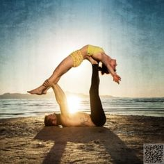 9 Couples Yoga Poses for Exercising Together . *** Figure out more by clicking the photo link poses acro poses advanced poses back pain poses flexibility poses for abs poses for beginner Couples Yoga Poses, Partner Yoga Poses, Fit Couples, Fitness Couples, Couples Exercise, Bikram Yoga, Ashtanga Yoga, Vinyasa Yoga, Fitness Photography