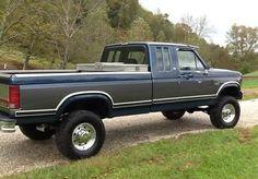 OBS Ford Old Ford Trucks, Old Pickup Trucks, Ford 4x4, Hot Rod Trucks, Lifted Ford Trucks, 4x4 Trucks, Diesel Trucks, Cool Trucks, Ford Powerstroke