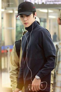 Untitled - Best of Wallpapers for Andriod and ios Luhan, K Pop, Sehun Cute, Kim Jongdae, Kpop Exo, Exo Members, Chinese Boy, Boyfriend Material, Look Cool