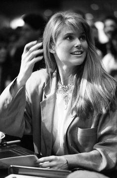 Christie Brinkley at the Sharpstown Foley's, Feb. 28, 1985. More photos: http://www.houstonchronicle.com/local/bayou-city-history/article/30-years-ago-A-supermodel-comes-to-Sharpstown-6103802.php?t=edab20f646c3f0c8a9&cmpid=email-premium