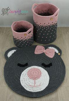 Crochet sets for baby room rug round bear basket for child Crochet Carpet, Crochet Home, Crochet Rugs, Free Crochet, Crochet Basket Pattern, Crochet Patterns, Motif Mandala Crochet, Doily Rug, Bear Rug
