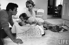 Tony Curtis and Janet Leigh with their children