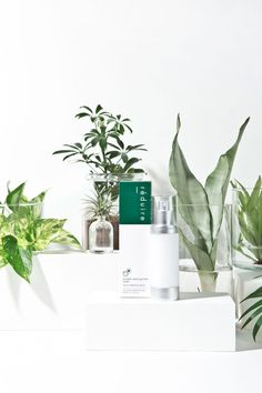 The Best Skincare Products (click in photo) watch now! Flat Lay Photography, Vintage Photography, Beauty Photography, Product Photography, Headshot Photography, Inspiring Photography, Summer Photography, Flash Photography, Commercial Photography
