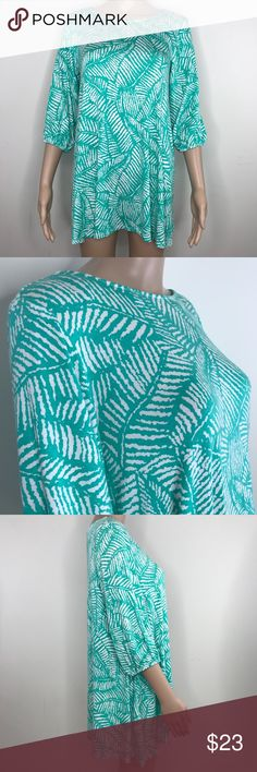 """Hourglass Lilly teal fern print tunic dress sz M/L Hourglass Lilly teal fern print tunic dress sz M/L  Can be worn as a dress or tunic depending on you..  95% Rayon 5% spandex   3/4 sleeves Stretchy and comfortable  🔹measurements 🔹 18"""" pit to pit  14"""" shoulder seam to shoulder seam  26"""" back of collar to bottom of tunic/ dress 15"""" from shoulder seam to bottom of sleeve 21"""" from pit down side to bottom of tunic/dress Hourglass Lilly Dresses"""