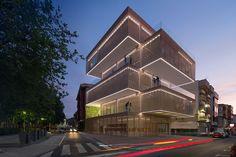 Cultural Center La Gota by Losada Garcia Architects. Image © Miguel de Guzmán