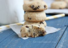 These are some of my favorite chocolate chip cookies! -shc The Urban Poser:: Perfect 'Grain Free' Chocolate Chip Cookies (also dairy/egg free) Gluten Free Sweets, Paleo Sweets, Gluten Free Baking, Paleo Baking, Real Food Recipes, Cookie Recipes, Yummy Food, Paleo Recipes, Free Recipes