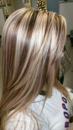 hair styles Trendy Hair Color Highlights Low Lights Colour Ideas Designer Flowers For Any Medium Hair Styles, Curly Hair Styles, Colored Highlights, Chunky Blonde Highlights, Blonde Foils, Hair Highlights And Lowlights, Foil Highlights, Highlight And Lowlights, Low Lights And Highlights