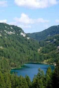 Randonnée des 7 lacs dans le massif de Tauplitzalm (Styrie, Autriche) Road Trip, Lacs, Trek, Hiking, River, Outdoor, Siena, In The Rain, Austria