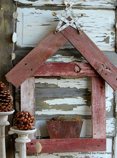 Simple, Rustic Nativity from reclaimed wood http://bec4-beyondthepicketfence.blogspot.com/2013/11/12-days-of-christmas-day-8-rustic.html