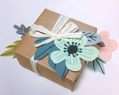 Wrap personal Christmas their personal gifts just as a qualified as a result of this quick and easy step-by-step guide using these ideas. Creative Gift Wrapping, Wrapping Ideas, Creative Gifts, Homemade Gifts, Diy Gifts, Gift Wrapping Techniques, Japanese Wrapping, Gift Wraping, Art And Hobby