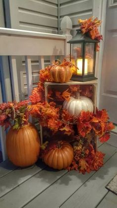 100 Cozy & Rustic Fall Front Porch decor ideas to feel the yawning autumn noon winds & watch the ember red leaves burn out slowly Autumn Decorating, Porch Decorating, Decorating Ideas, Fall Home Decor, Autumn Home, Front Porch Fall Decor, Fall Yard Decor, Autumn Front Porches, Burlap Door Hangers