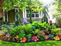 Impressive Front Porch Landscaping Ideas to Increase Your Home Beautiful 040