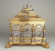 Schmuckkassette Jamnitzer, Wenzel (1508-1585)|Goldschmied Nürnberg, um 1560 Grünes Gewölbe Inventory Number IV 33 Material and Technique Silber, Kupfer und Messing, vergoldet Measurement 41,0 x 37,0 x 28,0 cm