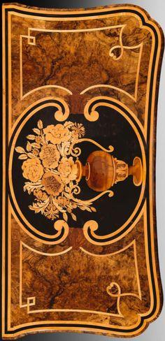 The Pietro Piffetti personal bombe commode, Turin, c. 1760