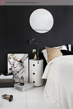 A black feature wall - would you? The Kartell Componibili in white looks great… Home Bedroom, Bedroom Decor, Bedroom Modern, Bedroom Wall, Bedrooms, Black Feature Wall, Interior Styling, Interior Design, Modern Interior