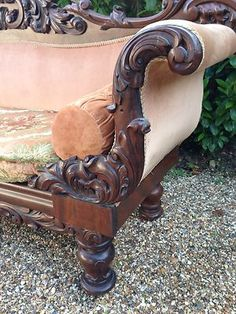 Victorian mahogany Carved double ended couch/sofa