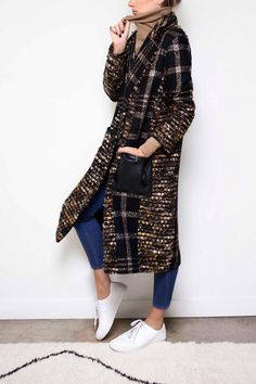 The 1 Coat All the Fashion Girls Will Be Wearing This Season | WhoWhatWear