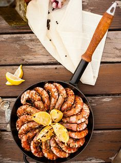 A seafood feast or sizzling BBQ is the perfect choice to share with family and friends and can be a healthy swap to heavy calorie-rich dishes this long weekend. This recipe from award-winning chef Massimo Mele is a cinch to make and will no doubt be Healthy Picnic Foods, Healthy Eating Recipes, Healthy Breakfast Recipes, Healthy Eats, Delicious Recipes, Healthy Snacks, Yummy Food, Grilled Seafood, Australia Day