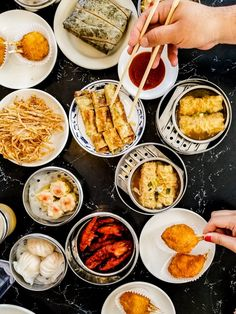 Monuts Durham Nc In 2019 Restaurant Delivery Local Attractions