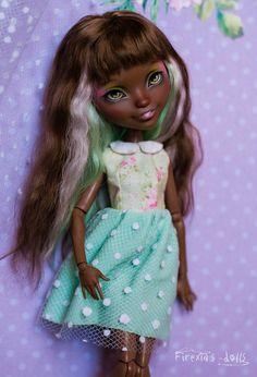 Новости Firexia's Dolls Custom Monster High Dolls, Monster High Repaint, Custom Dolls, Bratz Doll, Ooak Dolls, Art Dolls, Doll Painting, Hand Painting Art, Pretty Dolls