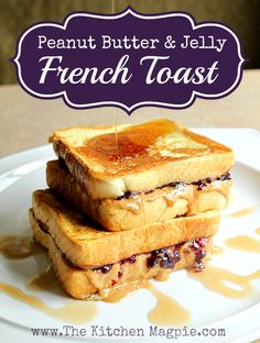 Peanut Butter and Jelly French Toast! A perfect back to school breakfast or a weekend treat! You and the kids will love this delicious treat! From @kitchenmagpie
