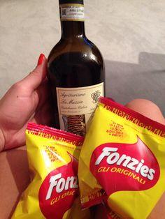 Fonzies und vino Rosso