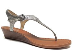 Coach Women's Vitalia Thong Sandals Silver Metallic Crossgrain Leather Size 5 M #Coach #TStrap #CasualSummerVacation