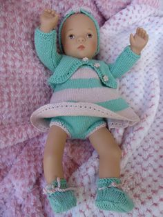 P1240609x800 Marie Clare, Couture, Baby Dolls, Doll Clothes, Crochet Hats, Knitting, Ideas, Fashion, Doll Outfits