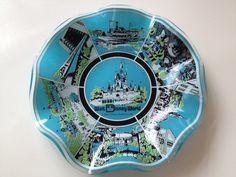 Vintage Walt Disney World souvenir glass by SecondhandFancyAli