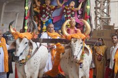 By Shyam Gopal Dasa The devotees of ISKCON NOIDA performed a 15 day padayatra from October 2nd to October 15th. The route began in NOIDA (Indraprastha) and ended in Sri Vrindavan Dham. NOIDA is app…