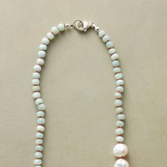 mint and pearls with coral thread Diy Jewelry, Handmade Jewelry, Jewelry Design, Jewelry Making, Jewelry Ideas, Smoky Quartz Necklace, Pearl Necklace, Beaded Necklace, Necklaces