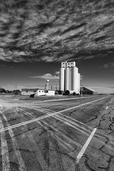 Grain Elevator - Route 66 Adrian - Texas - USA