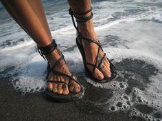 Womens Maori Sandal / Handmade Leather Adjustable Women Lace Up Sandals Flats Renaissance Water Natural Minimalist Simple Light Durable