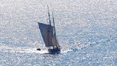 Cancale La Pointe du Grouin Bateau = Boat Bisquine