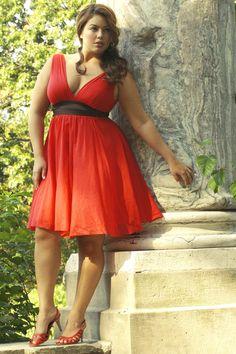 red dress  curvy