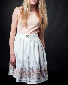 #pinkdresses #lightpinkdresses #whitedresses #summerdresses #saledresses #beautydresses #candydresses Late Summer, Summer Sale
