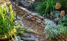 Garden design is the foundation of any great landscape. What does your dream garden look like? Make your vision a reality with the help of our garden design secrets, ideas, and inspiration for front yards and backyards. Small Courtyard Gardens, Small Courtyards, Small Gardens, Zen Gardens, Diy Projects Small, Small Japanese Garden, Garden Retaining Wall, Vertical Succulent Gardens, Pinterest Garden