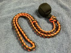 Use Paracord to Create an Awesome Self Defense Lanyard - http://www.survivorninja.com/use-paracord-to-create-an-awesome-self-defense-lanyard/