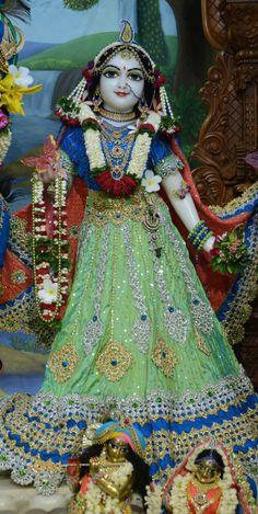 Radha Rani, Krishna Radha, Iskcon Krishna, Relationship Quotes, Princess Zelda, God, Fictional Characters, Dios, Relationship Effort Quotes