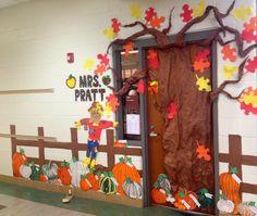 classroom pumpkin decorating ideas   Fall Classroom Door Decorations