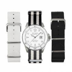 Pack ideal para regalar... o mejor! para regalarte http://www.tutunca.es/reloj-oxygen-white-bear-40-pack-correas