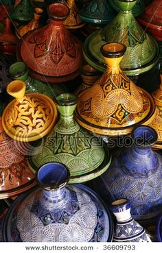 Wish I got a tagine in 07 when I was in Morocco - loved the meat stews done in it...
