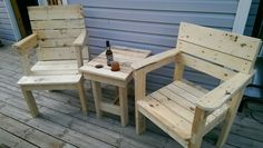 Pallet wood chairs and table