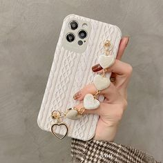 Best Iphone, Iphone 11, Iphone Cases, Heart Chain, Cute Phone Cases, Iphone Accessories, Love Heart, Clothing Patterns, Charm Jewelry