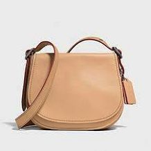 Coach Purse Authentic Coach Purse brand new with tag! Coach Bags Sale, Coach Outlet, Runway Fashion, Style Fashion, Fashion Design, Coach Handbags, Coach Purses, Handbag Stores, Purse Brands