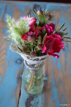 Bright pink mini bouquet