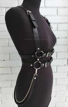 Edgy Outfits, Cool Outfits, Fashion Outfits, Womens Fashion, Kleidung Design, Look Man, Leather Harness, Alternative Outfits, Character Outfits